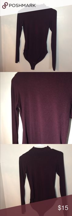 🌸Womens body suit🌸 Forever 21 burgundy colored long sleeve bodysuit great condition Forever 21 Tops