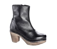 Molly boot black