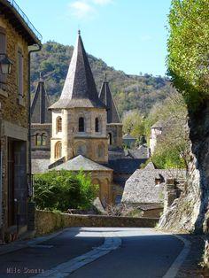 Aveyron Eglise Conques Plus beaux Villages de France