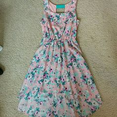 SALE!!! Adorable Dress High low dress. Light pink with pastel flowers. Amazing open back!!! Charlotte Russe Dresses High Low