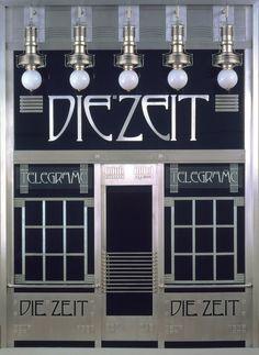 Otto Wagner, portal of the telegram office of Die Zeit (reconstruction by Adolf Krischanitz & Otto Kapfinger), 1902/1985. © Wien Museum. From the exhibition Ways to Modernism