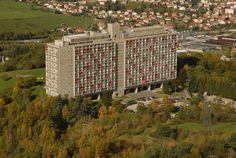 http://projets-architecte-urbanisme.fr/images-archi/2014/01/cite-radieuse-firminy-corbusier.jpg
