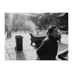 #photo #portrait #fotografia #abstract #expression #streetphotography #photoofthaday #photography #photographer #photoshoot #fashionphotography #blackandwhitephotography #BnW #bw #instagood #instaphoto #landscape #instaphoto #stilllife #people #style #portraitphotography #stylish #conceptual #conceptphotography #portrait #visual #bwphotography #street