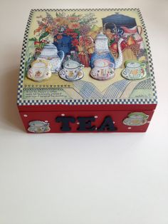Çay kutum Home Crafts, Diy And Crafts, Paper Crafts, Tole Painting, Painting On Wood, Decoupage Art, Tea Box, Hat Boxes, Altered Boxes