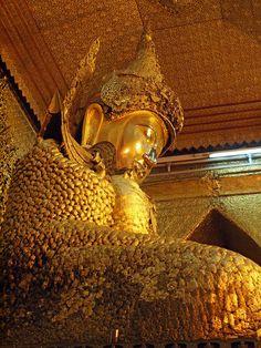 Day 2 - Mandalay  Mahamuni Pagoda