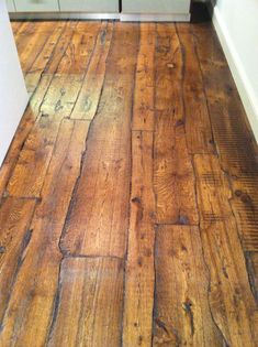 designer homes interior End Grain Flooring, Unique Flooring, Diy Flooring, Wooden Flooring, Reclaimed Wood Floors, Barn Wood Floors, Wood Floor Design, Wide Plank, Rustic Wood