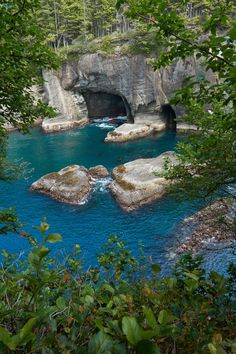 Sapphire Waters of Cape Flattery WA [OC][4000x6000] PumpkinSpiceBanana http://ift.tt/2swvq8h July 02 2017 at 07:34PMon reddit.com/r/ EarthPorn