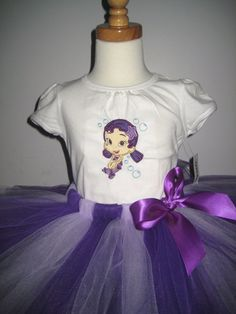 Bubble Guppies tee and tutu outfit
