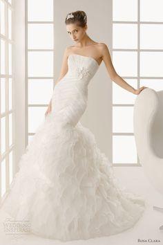 rosa clara 2013 dublin mermaid gown taffeta ruffles -- Two by Rosa Clará 2013 Wedding Dresses Rosa Clara Wedding Dresses, Wedding Dress 2013, Modest Wedding Dresses, Bridal Dresses, Wedding Gowns, Prom Dresses, Dresses 2013, Beautiful Dresses, Nice Dresses