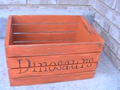 Vintage Dino Art  This blog has lots of ideas for a dinosaur bedroom. http://www.craftcritters.blogspot.com