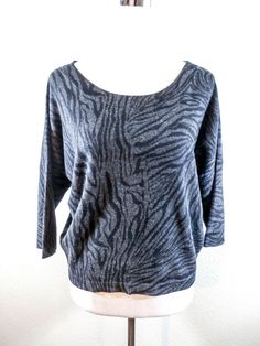 NWOT THEORY Sz M BLACK & GRAY FREE STRIPES 100% CASHMERE LOOSE FIT BOXY SWEATER #Theory #RoundedNeck