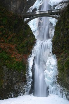 Multnomah Falls, Columbia River Gorge - Oregon