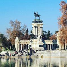 """blpmadrid: """"Cadê o Sol?? Madrid está bem úmida nos últimos dias. A qualidade do ar agradece (nossos narizes também) #winter #parquedelretiro #retiro"""""""