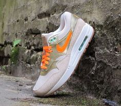 Good quality and low price. I have had one. 2014airmaxstores nikeshoes