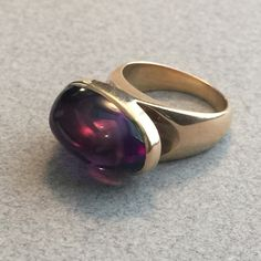 Georg Jensen Modernist  18KT Gold Ring with Amethyst Cabochon No. 1096 by Tuk Fischer Very Rare