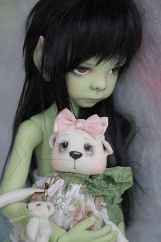 Limited Edition Mint Green Elf Maurice MSD BJD by Kaye Wiggs Sprites, Australian Artists, Magical Creatures, Bjd Dolls, Ball Jointed Dolls, Sculpture Art, Mint Green, Fairies, Beautiful Things