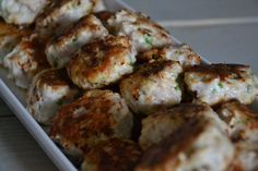 Fish cakes with bacon - Recipe in Danish
