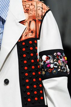 See the complete Prada Spring 2018 Ready-to-Wear  collection.