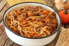 Easy Tasty Spaghetti Bolognese - So easy, and just as delicious! Spaghetti Bolognese, Meat Sauce, Supper Recipes, Ground Beef Recipes, Kids Meals, Love Food, Cooking Recipes, Tasty, Lunch