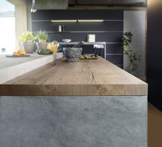 Next generation Worktop finishes that are virtually indistinguishable from solid wood and stone. All 12 designs come with an in-vogue square edge profile, while 6 have a sleek 25mm thickness.