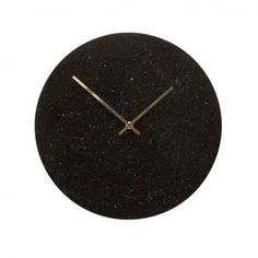 Black marble clock with gold hands. The gold coloured hands add an elegant touch to the design. Item number: 130501 - Designed by Hübsch Marble Bed Set, Marble Wall, Black White Gold, Black Marble, Marble Bedding, Scandinavian Home Interiors, Wall Clock Wooden, Wall Clocks, Painting Countertops