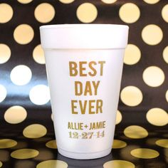 These are the perfect cups for party drinks! By Gracious Bridal