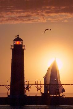 Lighthouse and pier at Grand Haven, Michigan