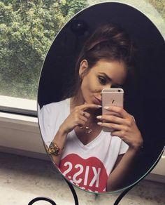 #plnylala #fashion #kiss #outfit #tshirt