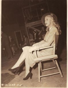 Ginger Rogers on the set of It Had To Be You