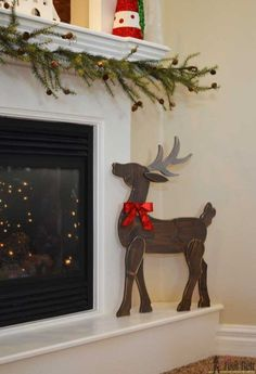 Wood Projects Make a cute DIY wood reindeer from a simple board, free printable pattern. - Make a festive Christmas DIY Wood Reindeer from a board. Use the free pattern to cut out the deer with a jigsaw, scroll saw or band saw. Holiday Wood Crafts, Wooden Crafts, Wooden Diy, Holiday Crafts, Winter Wood Crafts, Cork Crafts, Diy Crafts, Christmas Yard, Christmas Signs