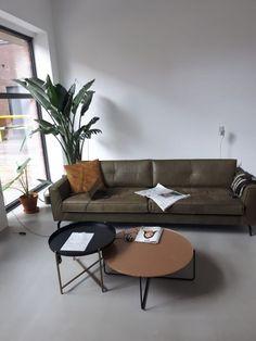 Legend bank DYYK met Luca tafels Danzig, Furniture, Design, Home Decor, Legends, Decoration Home, Room Decor, Home Furnishings