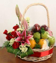 Ideas For Fruit Basket Diy Gift Flower Fruit Flower Basket, Fruits Basket, Palm Tree Fruit, Fruit Hampers, Creative Gift Baskets, Contemporary Flower Arrangements, Fruit Gifts, Flower Festival, Beautiful Bouquet Of Flowers