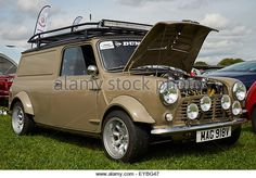 I love to see a chunky Mini Van on Wide Arched Wednesday, especially when they look as good as this lil belter! Mini Cooper S, Mini Cooper Clubman, Mini Morris, Mini Vans, Classic Mini, Vans Classic, My Dream Car, Dream Cars, Minis