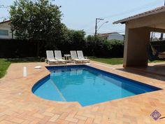 Casa para aluguel temporada no Parque da Areia Preta em Guarapari com 4 quartos. http://www.gilbertopinheiroimoveis.com.br/imovel/2355/casa-guarapari--parque-areia-preta