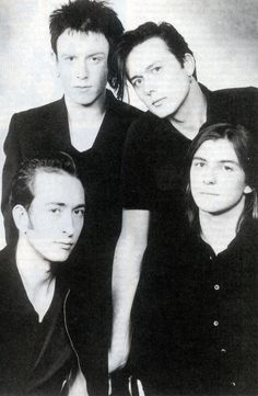 Suede (Mat Osman, Simon Gilbert, Brett Anderson & Richard Oakes), 1995