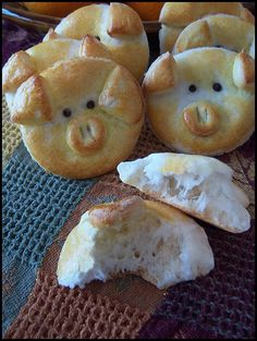 Hello! Do you like bread? I do! And to make it cute for yourself ) or the kiddos...perfect! This little piggy bread recipe was posted by someone I love, and I just have to share it with you. As I c...