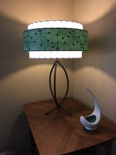 Mid Century Vintage Style 3 Tier Fiberglass Lamp by JetSetDesign Vintage Lamps, Vintage Furniture, Living Room Color Combination, Mid Century Modern Decor, Vintage Fashion, Vintage Style, Antique Lighting, Mid Century Style, Lamp Bases