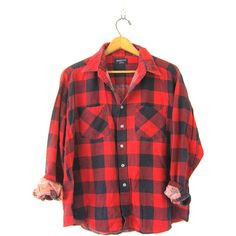 Vintage Buffalo Check Flannel Shirt Boyfriend Shirt Red Checkered... (1.615 RUB) ❤ liked on Polyvore featuring tops, flannel, plaid button up shirts, vintage shirts, red flannel shirt, plaid flannel shirts and boyfriend shirt