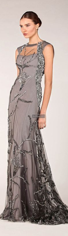 Evening gown, couture, evening dresses, formal and elegant Tony Ward Fall Winter Tony Ward, Beautiful Gowns, Beautiful Outfits, Elegant Dresses, Pretty Dresses, Looks Vintage, Dress Me Up, Dress Prom, Dress Long