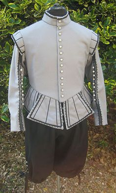 Open sleeved Doublet & Breeches 17th Century
