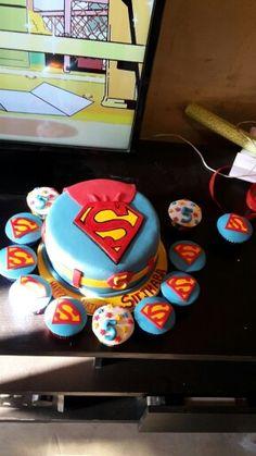 Superman birthday cake and cupcakes