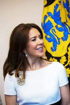 Crown Princess Mary of Denmark: brooch