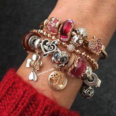 >>>Pandora Jewelry OFF! Pandora Charms 2017, Pandora Christmas Charms, Pandora Gold, Pandora Necklace, Pandora Bracelets, Pandora Jewelry, Charm Jewelry, Bracelet Charms, Diy Jewelry