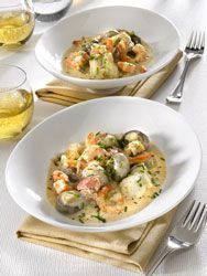 Monkfish Blanquette a smooth, creamy recipe with smoothness and finesse - Recettes avec du poisson - Meat Recipes Shellfish Recipes, Meat Recipes, Seafood Recipes, Healthy Dinner Recipes, Cooking Recipes, Monkfish Recipes, Healthy Eating Tips, Fish And Seafood, Chefs