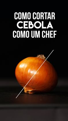 Learn how to cut onion like a real chef and make your life easier in the kitchen! Easy Healthy Meal Plans, Easy Healthy Recipes, Easy Meals, Cooking Tips, Cooking Recipes, Le Chef, Skinny Recipes, Food Hacks, Love Food