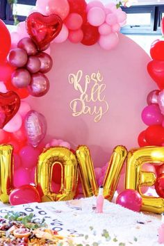 Fall in love with this fab Galentine's day party! The balloons are fantastic! See more party ideas and share yours at Catchmyparty.com #catchmyparty #partyideas #galentines #gals #galentinesdayparty #galentinesday #balloons #partydecorations