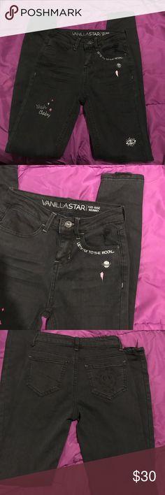 Vanilla star mid rise skinny jeans Brand new without tags black skinny vanilla star mid rise jeans size 1 Vanilla Star Jeans Skinny