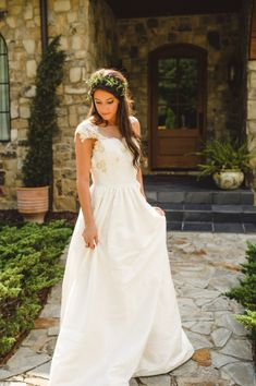 Gown by Heidi Elnora | photography by spindlephotograph...