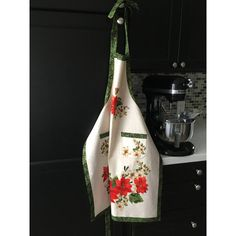 Full Poinsettia Apron, Handmade Christmas Apron, Chef Apron, Mother's... (€15) ❤ liked on Polyvore featuring home, kitchen & dining, aprons, christmas apron, pocket apron, pattern apron, mothers apron and cooks apron
