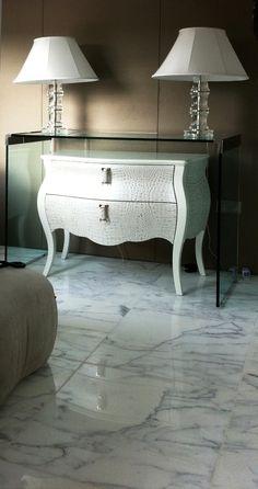Italian Statuario marble bedroom floor